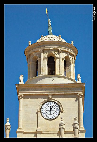 L'horloge de Arles