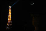 photo La Lune et la Tour Eiffel