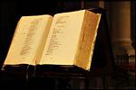 photo La bible dans une église