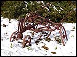 photo Charue rouillée sous la neige
