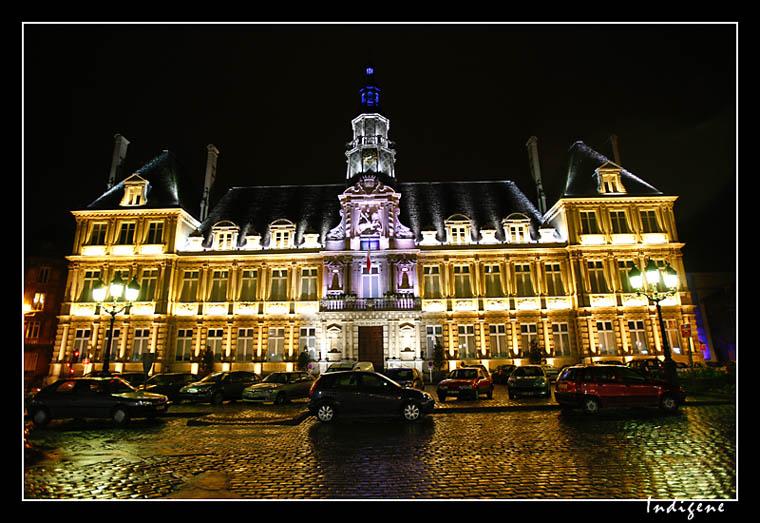 H tel de ville de reims l 39 clairage de nuit de la mairie de reims galerie reims galerie - Piscine reims ...