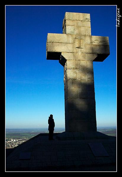 Croix de la Libération à Autun