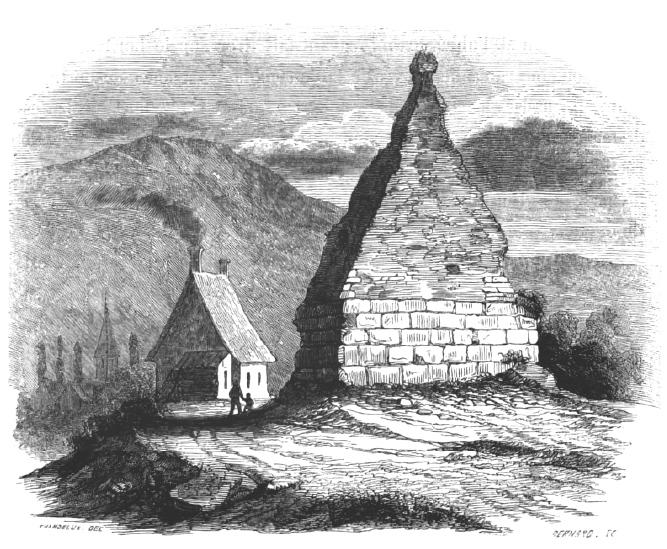 Pyramide de Couhard à Autun