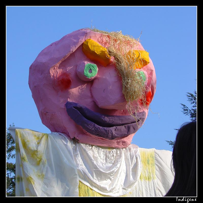 Tête de géant de carnaval