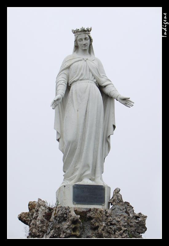La vierge qui protège Saint-Amour